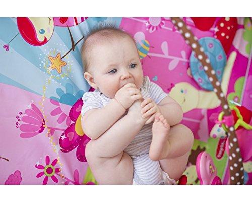 Bébé sur tapis d'éveil Moove and Play Princesse